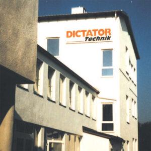 Dictator Scandinavia fyller 10 år!